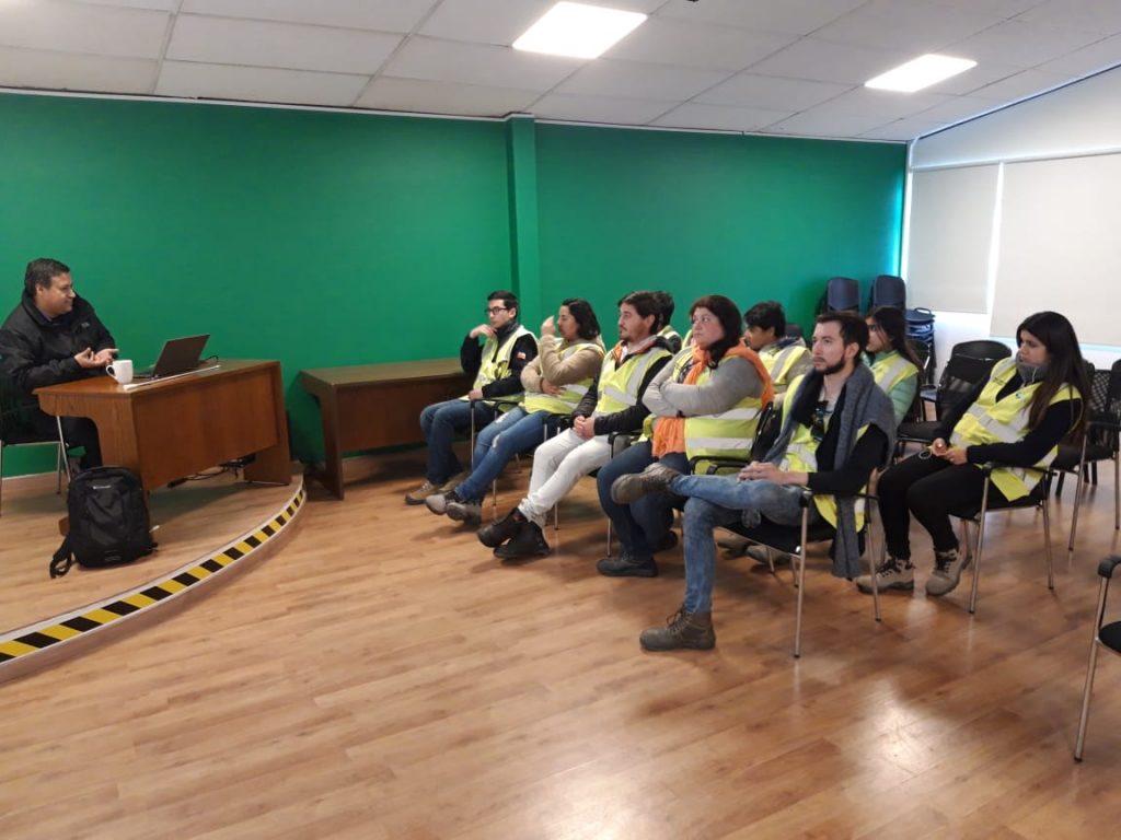 Estudiantes de Técnico en Prevención de Riesgos de la sede ...